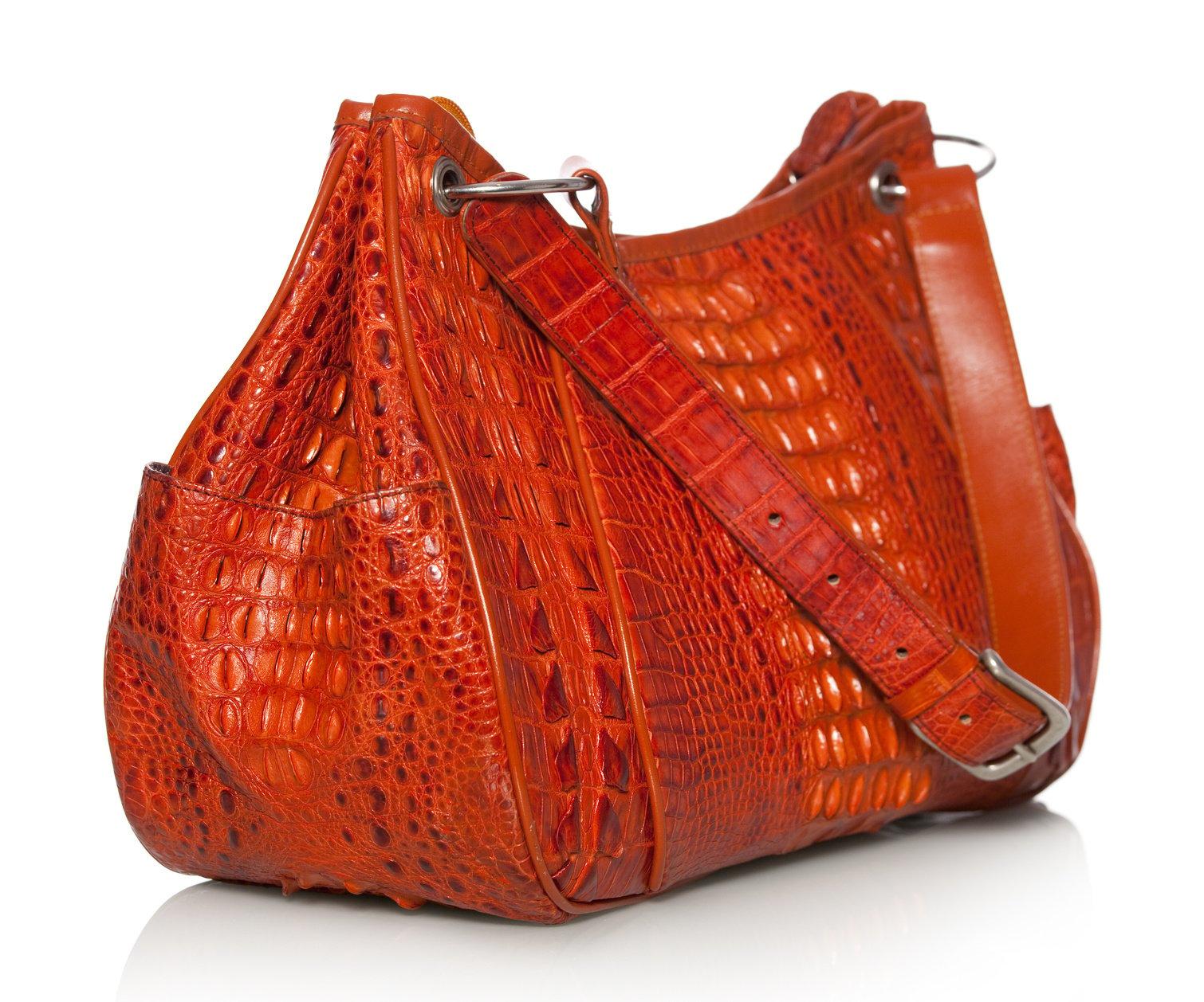 Женские сумки из кожи под крокодила купить в Москве