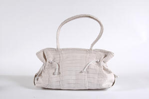 Crocodile leather makes for very elegant and attractive handbags.